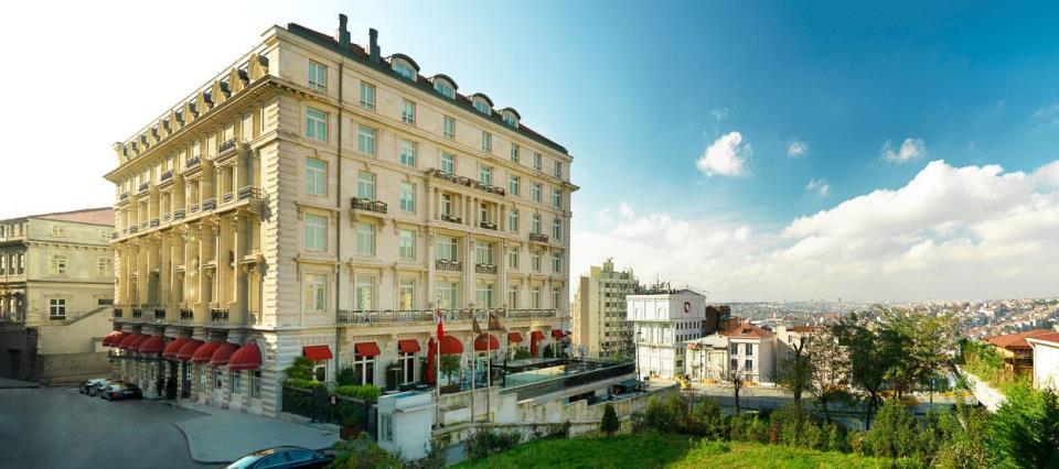 Pera Palace Jumeirah - Istanbul - Facade .jpg