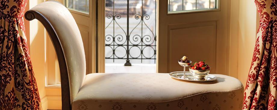 Pera Palace Jumeirah - Istanbul - Room (2).jpg