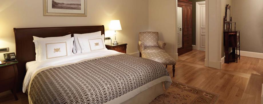 Pera Palace Jumeirah - Istanbul - Room (9).jpg