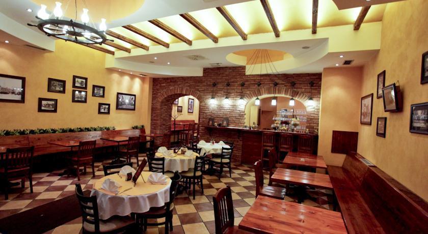 Belgrade City Hotel - Belgrade - Restaurant (3).jpg