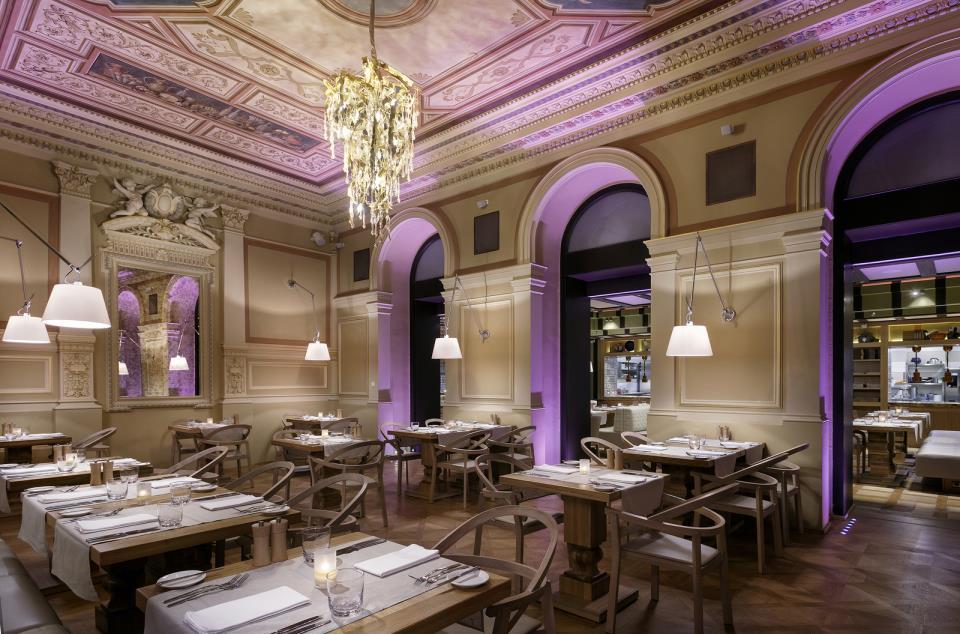 Cosmopolitan Hotel - Prague - Restaurant (1).jpg