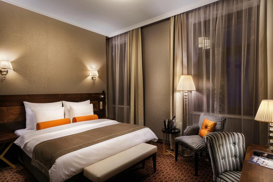 Cosmopolitan Hotel - Prague - Room  (4).jpg