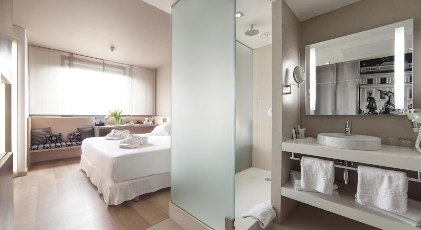 Barcelo Praha - Prague - Room (4).jpg