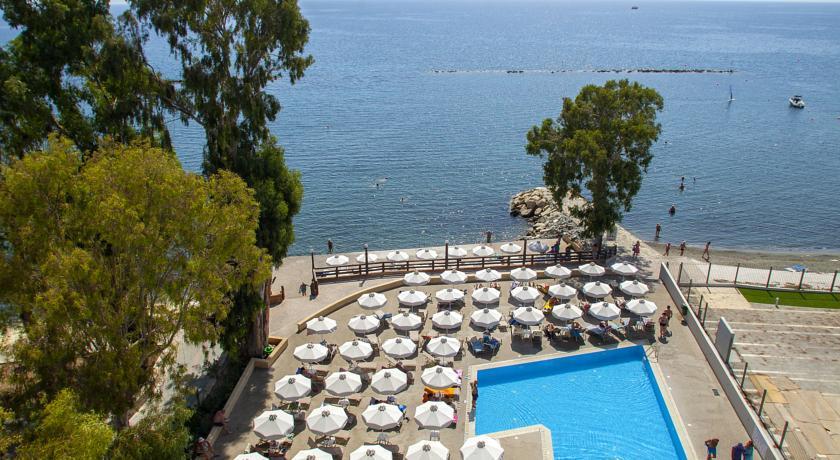 Harmony Bay Hotel  - Limassol - Pool (5).jpg