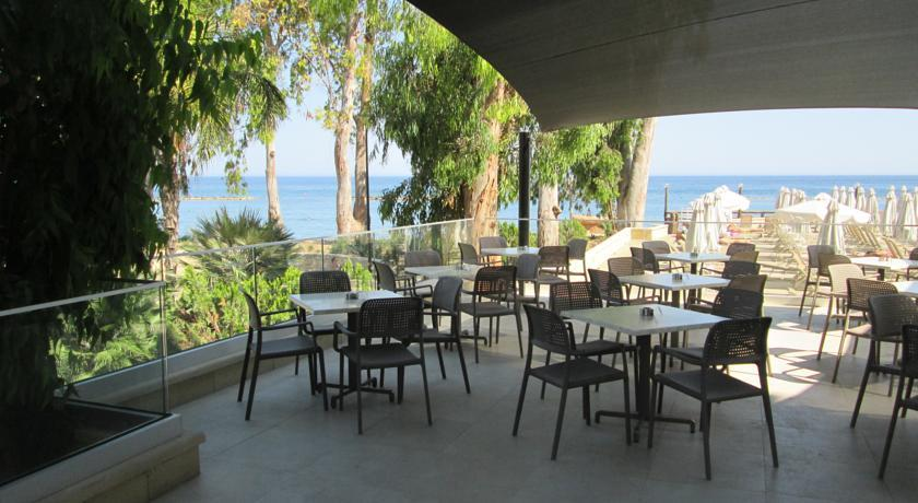 Harmony Bay Hotel  - Limassol - Resaturant (1).jpg