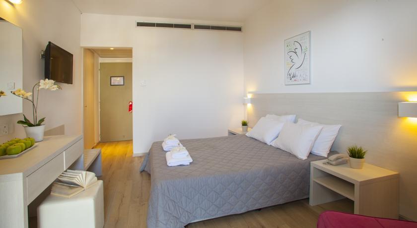 Harmony Bay Hotel  - Limassol - Room  (2).jpg