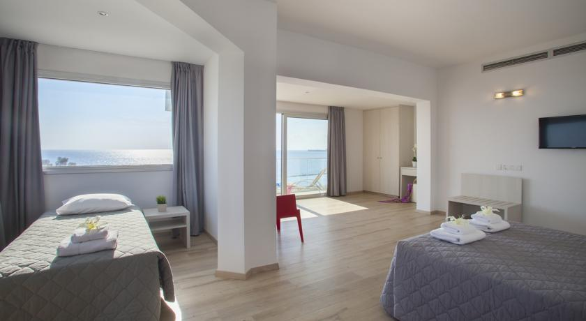 Harmony Bay Hotel  - Limassol - Room  (4).jpg