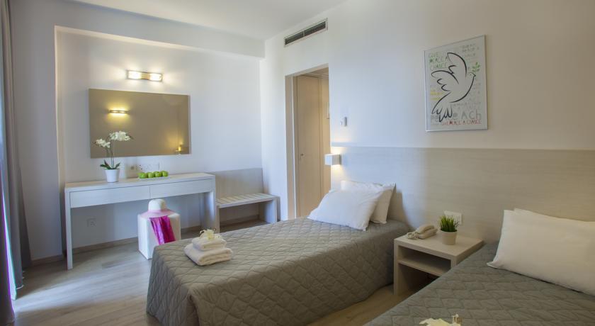 Harmony Bay Hotel  - Limassol - Room  (5).jpg
