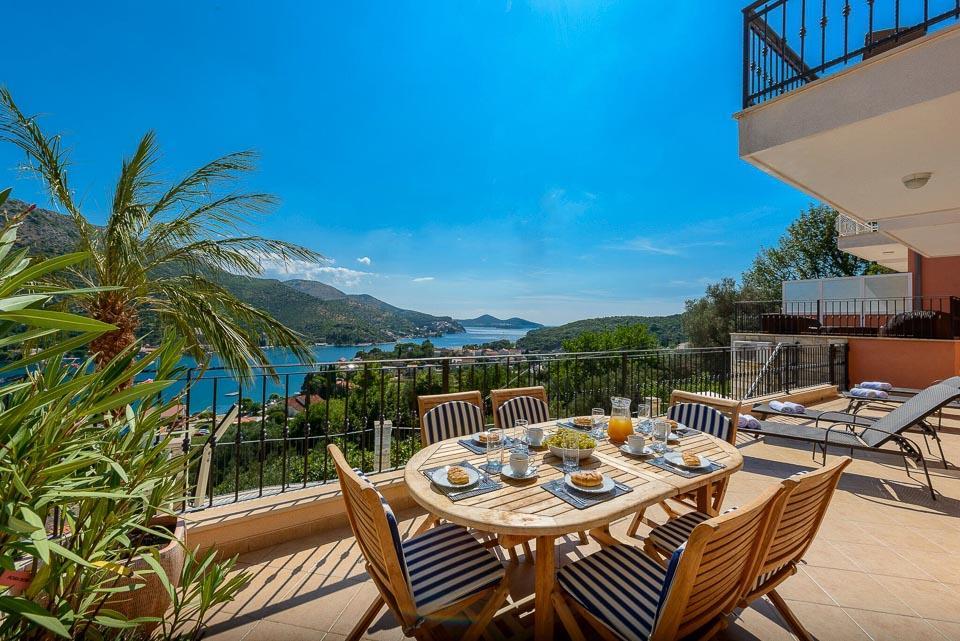 Villa Harbour View