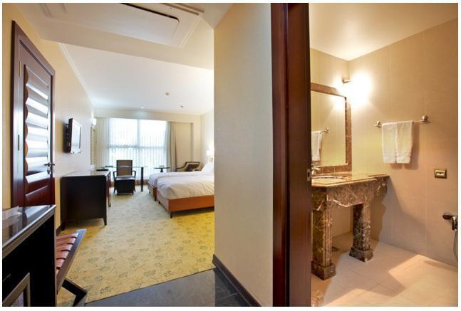 Espinas Hotel - Tehran - Room (4).jpg