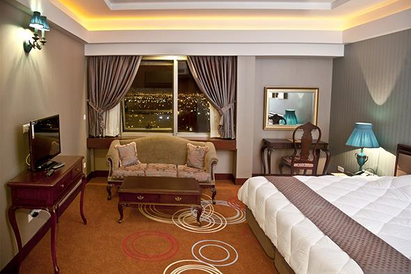 Shiraz Hotel - Shiraz - Room  (1).jpg