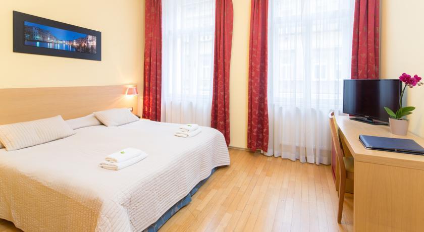 City Lounge Hotel - Prague  (5).jpg