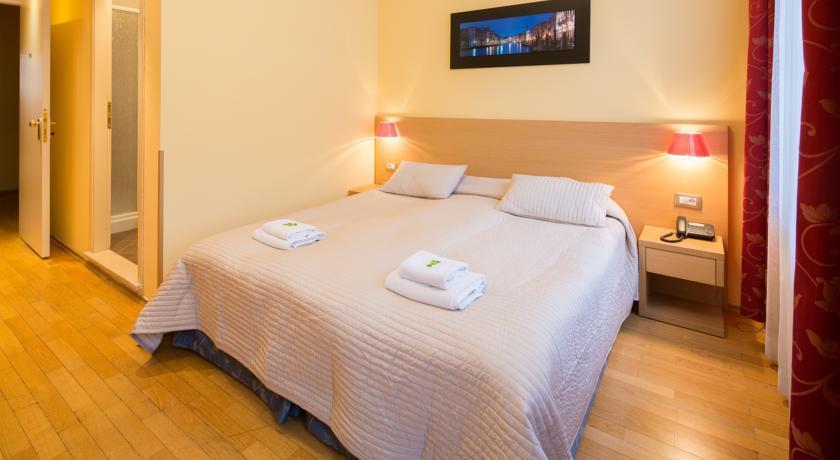City Lounge Hotel - Prague  (10).jpg