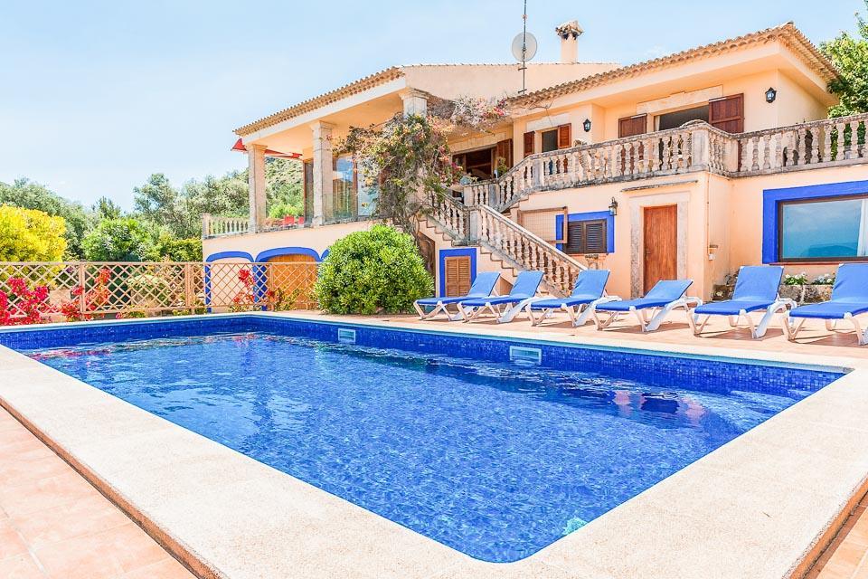 Villa Bouganvilia