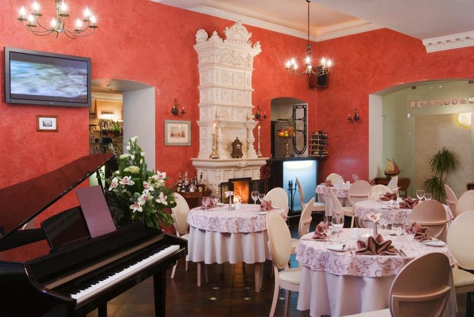 Marco Polo Hotel - St. Petersburg - Restaurant .jpg