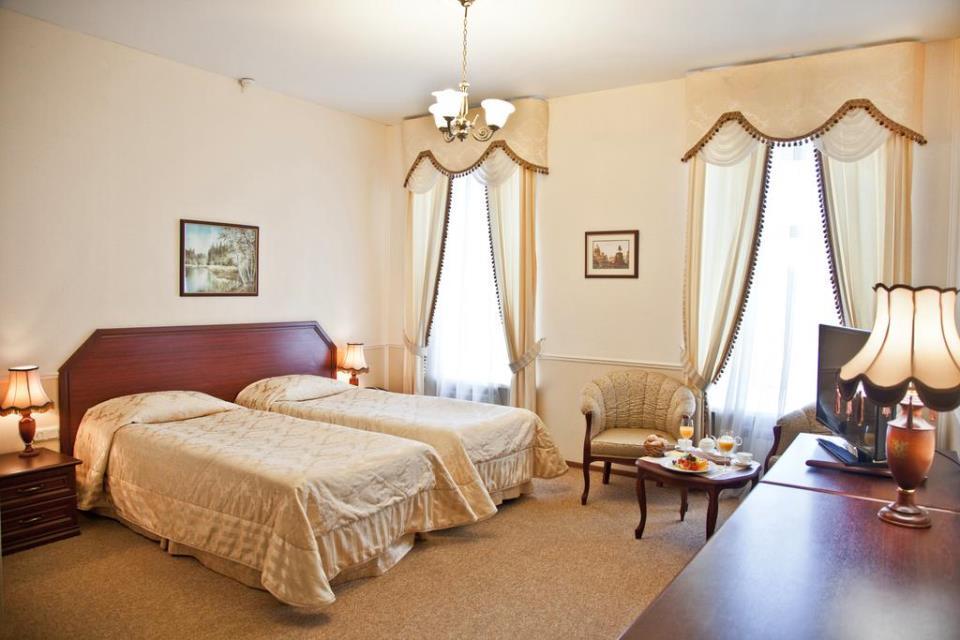 Marco Polo Hotel - St. Petersburg - Room  (1).jpg