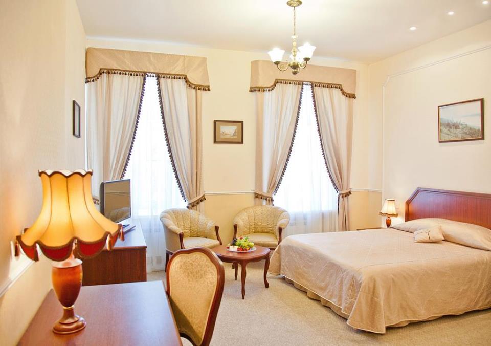 Marco Polo Hotel - St. Petersburg - Room  (3).jpg