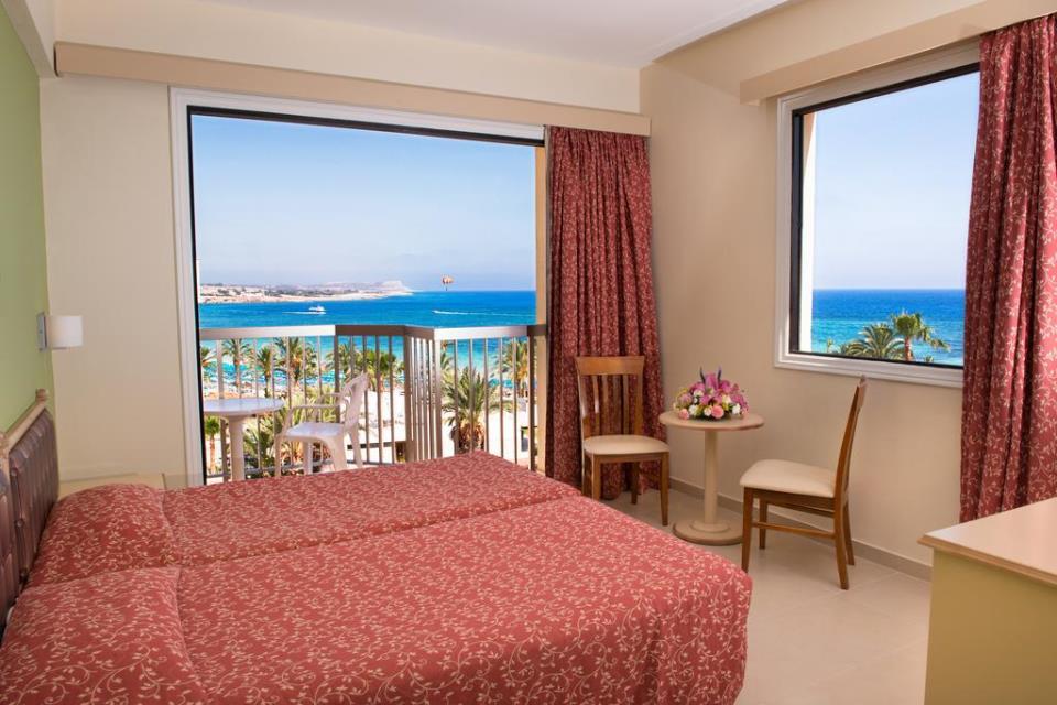 Stamatia Hotel - Ayia Napa - Rooom (2).jpg