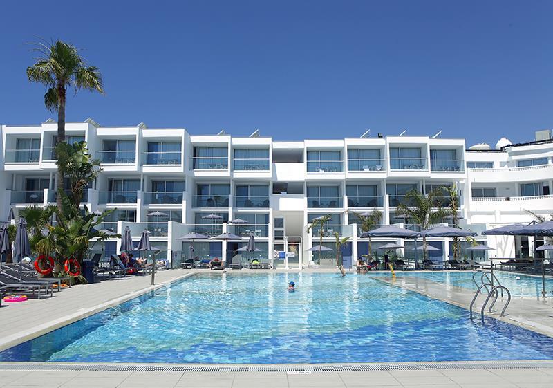 Limanaki Beach Hotel - Ayia Napa - Pool.jpg