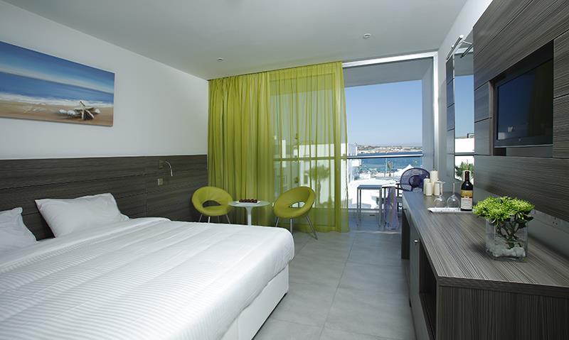 Limanaki Beach Hotel - Ayia Napa - Room (4).jpg