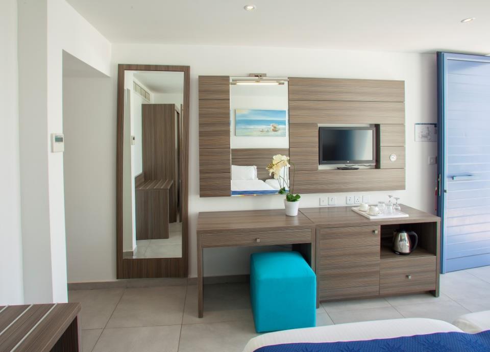 Limanaki Beach Hotel - Ayia Napa - Room (9).jpg