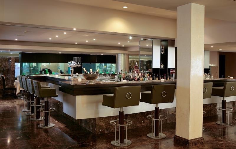 Adams Beach Hotel - Ayia Napa - Restaurant (2).jpg