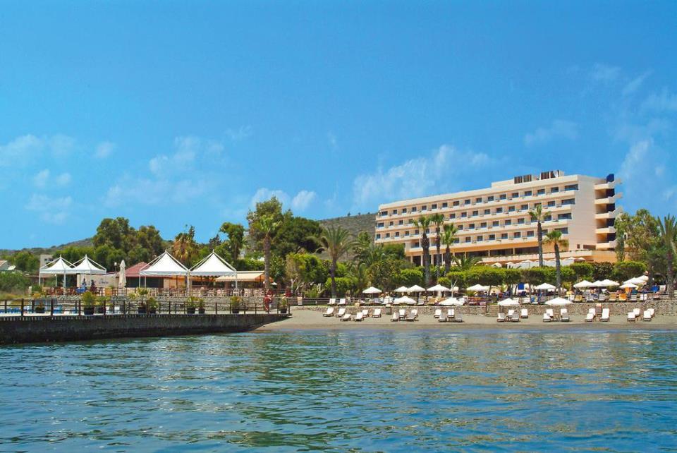 Elias Beach Hotel - Limassol - Facade.jpg