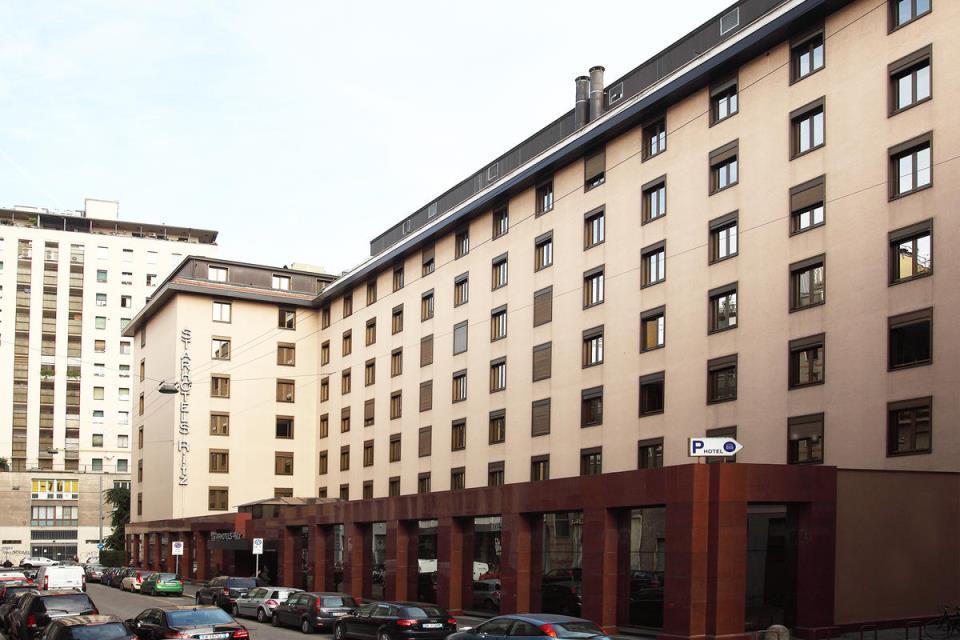 Starhotels Ritz - Milan - Facade.jpg