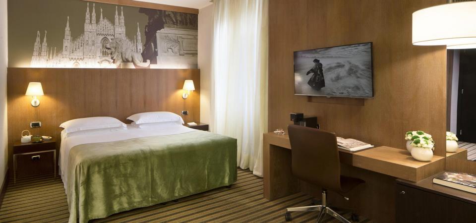 Starhotels Ritz - Milan - Room (3).jpg