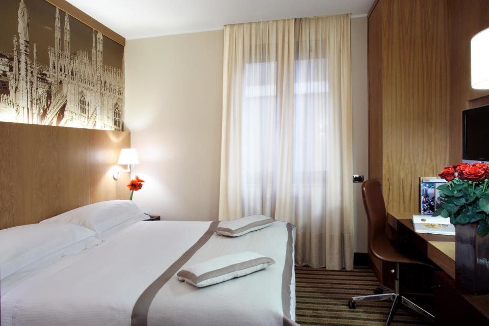 Starhotels Ritz - Milan - Room (4).jpg