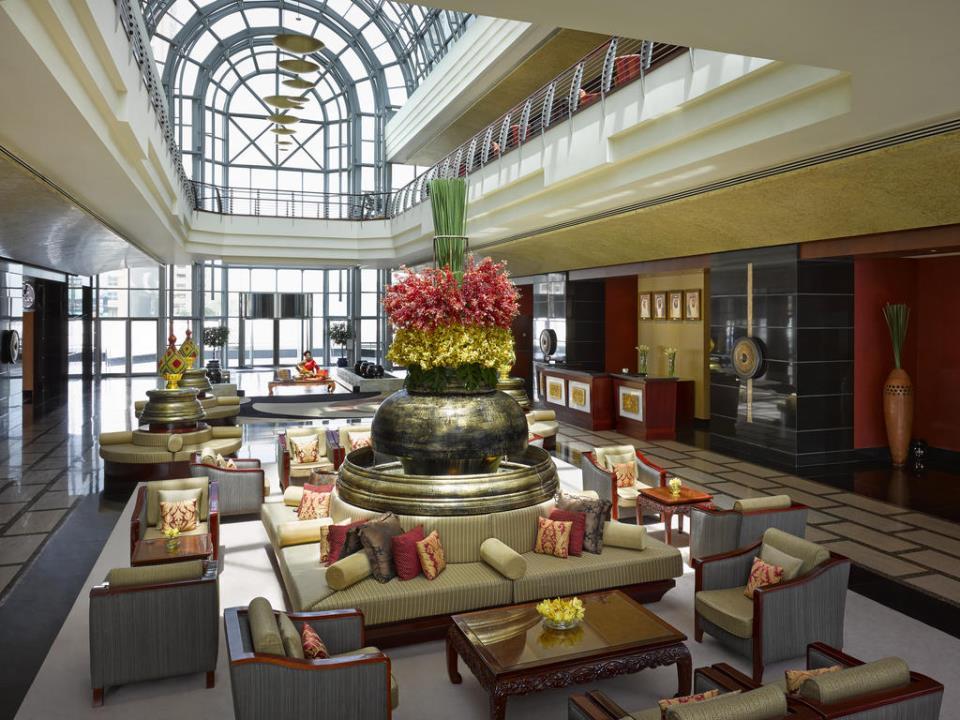 Dusit Thani - Dubai - Lobby.jpg