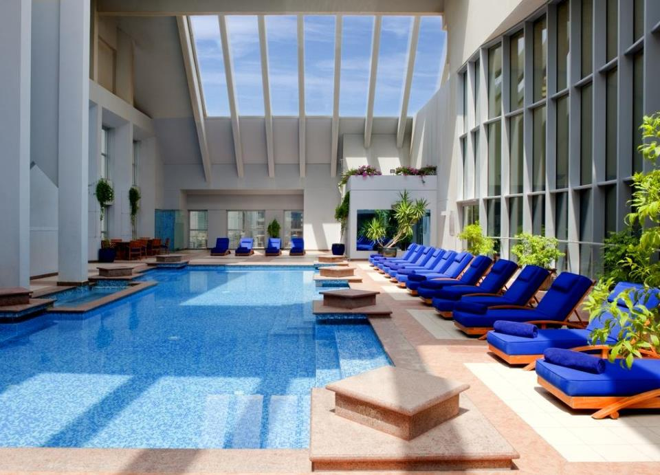 Dusit Thani - Dubai - Pool.jpg