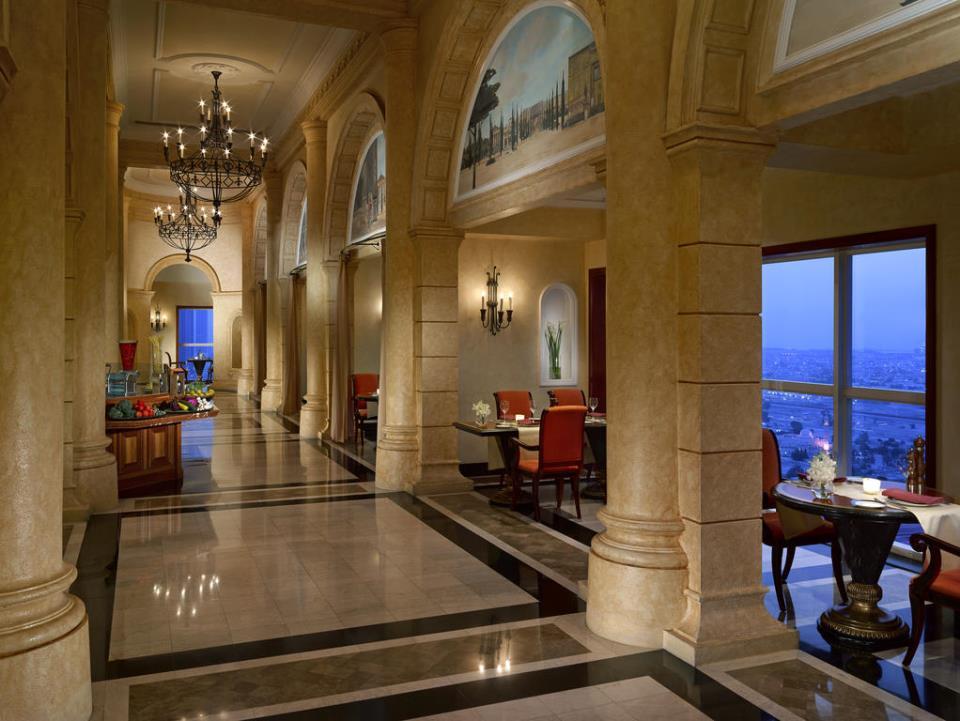 Dusit Thani - Dubai - Restaurant (1).jpg