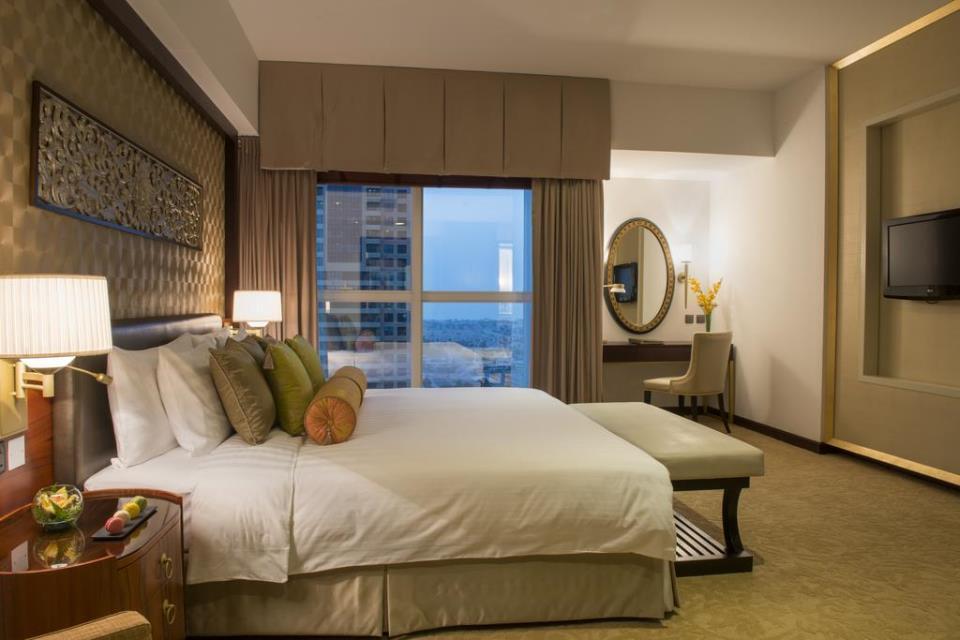 Dusit Thani - Dubai - Room (3).jpg
