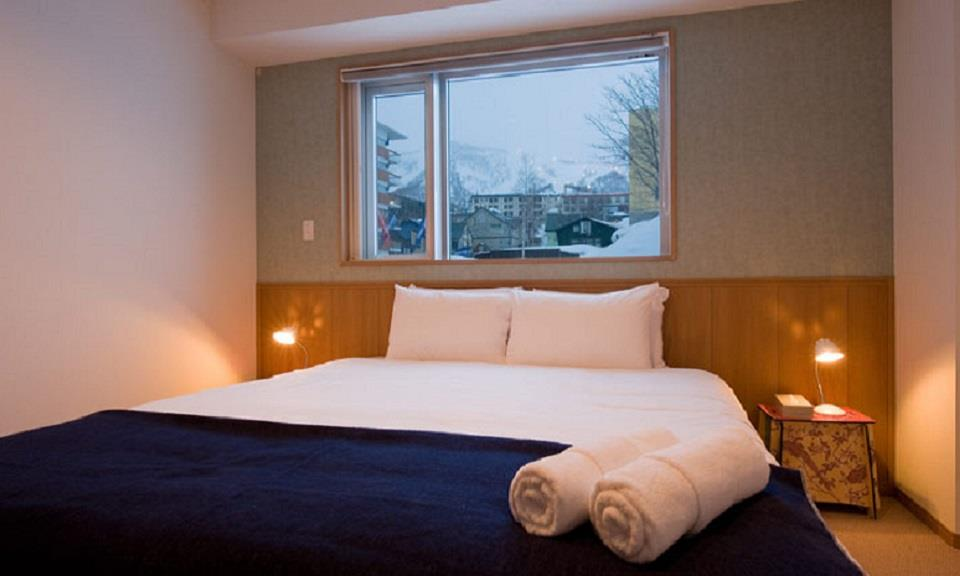 Niseko Accommodation Snow Crystal 8