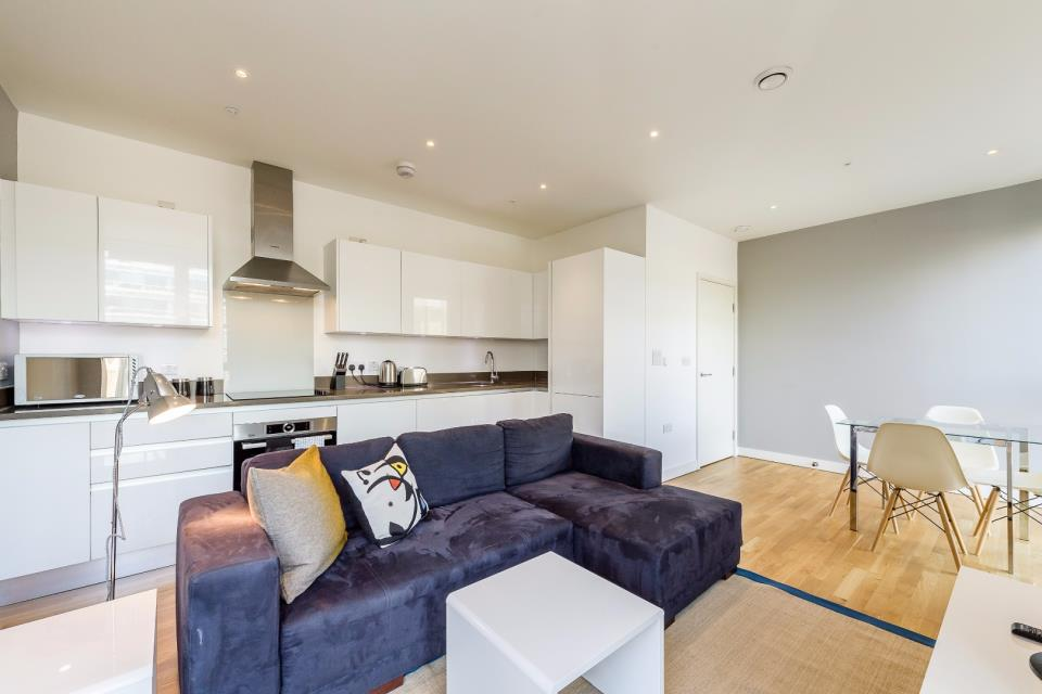 Howick Apartments - One Bed Lounge