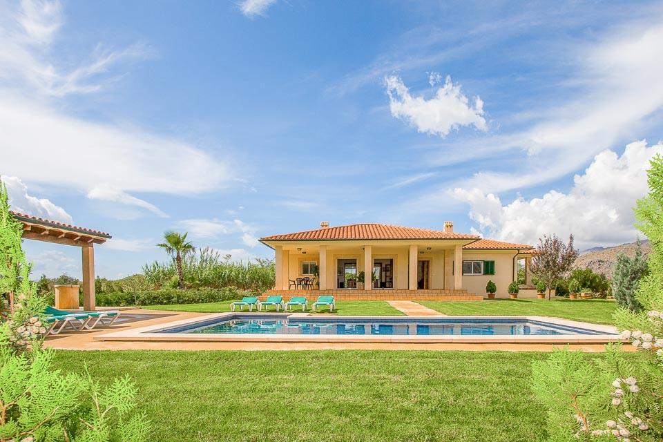 Villa La Vinya