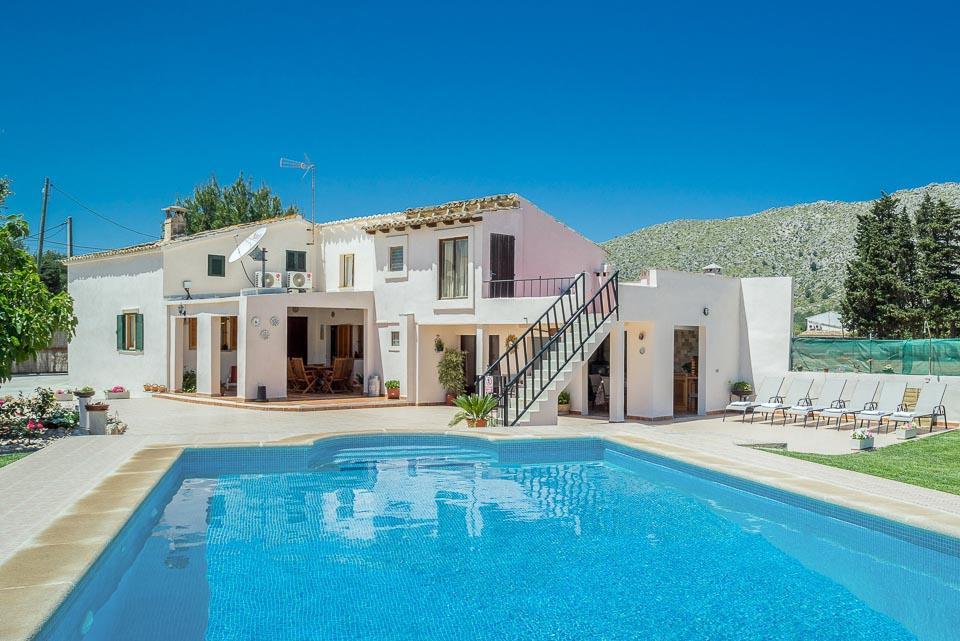 Villa Vinya Cal Beato