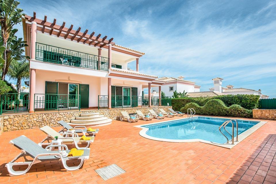 Villa Magenta