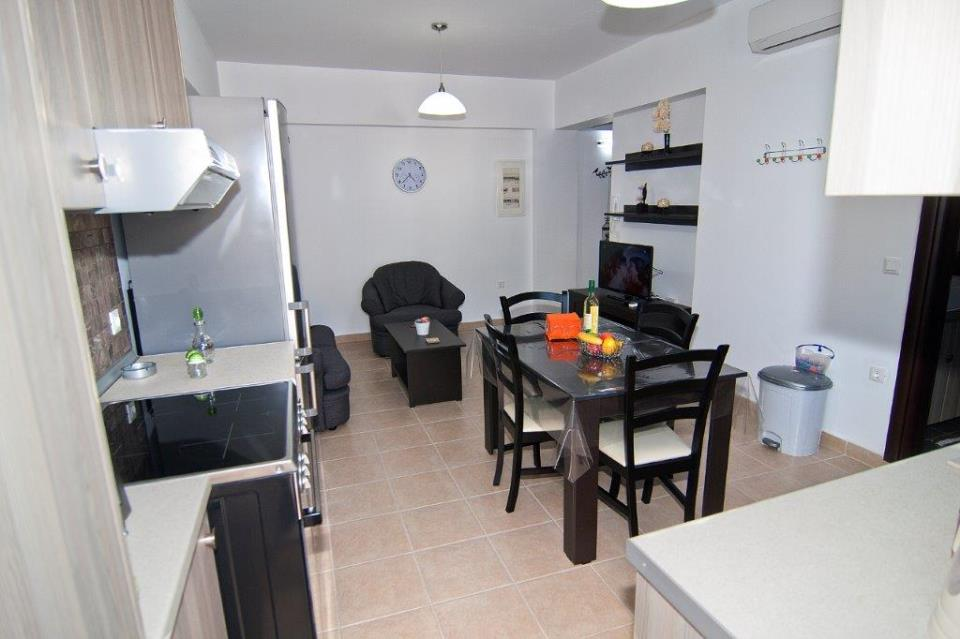 Lindos Olive 3 kitchen.jpg