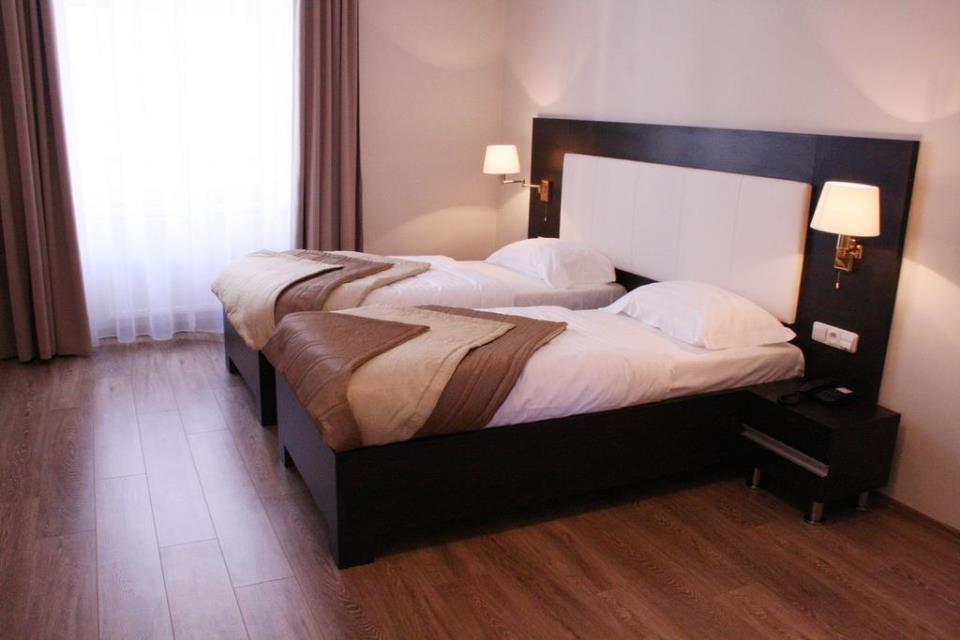 Sunrise Hotel - Pargue - Room  (2).jpg