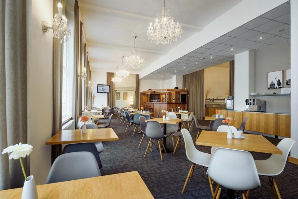 Central Hotel - Prague - Restaurant (1).jpg