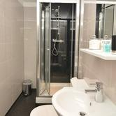 Harrogate Serviced Apartments - One Bedroom Apartment Bathroom