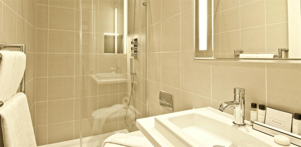 College Hill - Bathroom