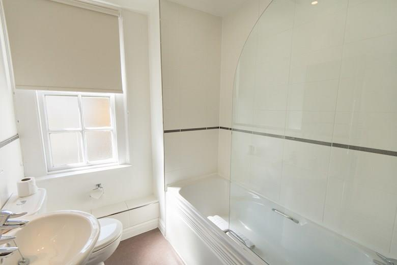 St James Parade - One Bedroom Bathroom