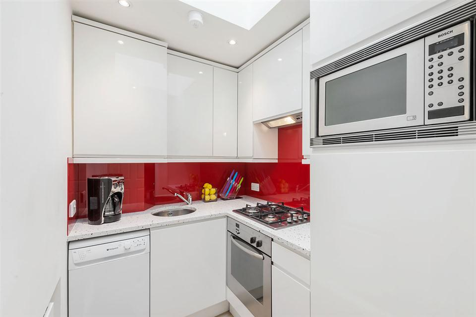 Junior Two Bedroom Chelsea - Kitchen