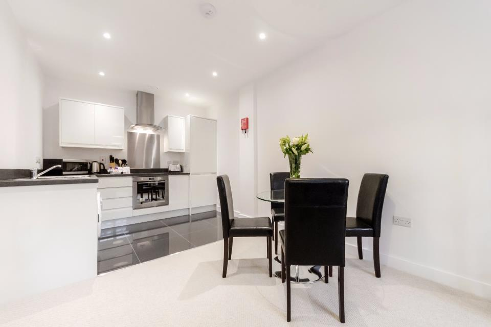 Nouvelle House, Sutton - Kitchen