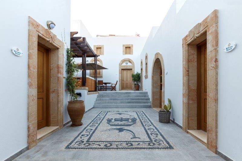 Lindos Aqua Luxury Villa - Entrance