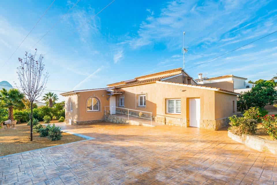 Villa Loly