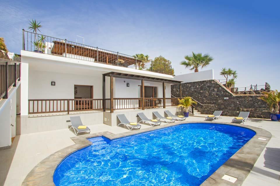 Villa Alisos